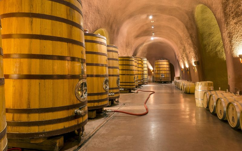 wine-cellar-1916146_1280